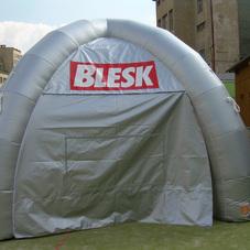Nafukovací stan Blesk