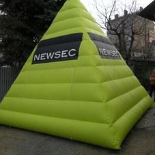 Nafukovací pyramida Newsec