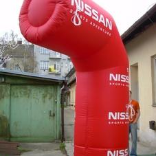 Nafukovací půl-oblouk Nissan