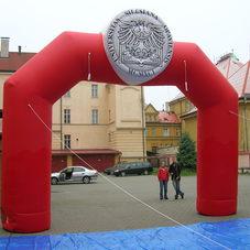 Nafukovací oblouk Slezská univerzita