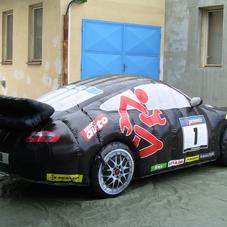 Nafukovací auto Porsche