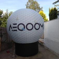Nafukovací golfový míček AEQOOM
