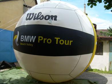 Nafukovací balón Wilson